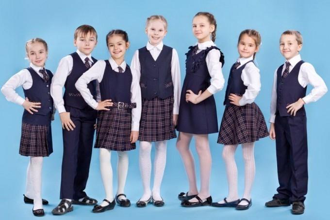 Як правильно вибрати одяг та навчальні приладдя для школярів e914994d0274e